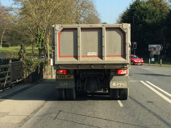 Lorry1.JPG